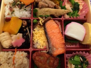 宝塚歌劇の弁当