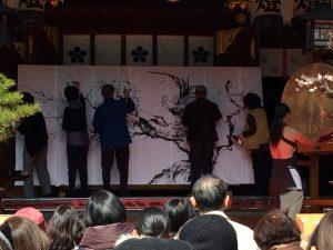 大阪天満宮の梅まつりイベント~水墨画奉納式